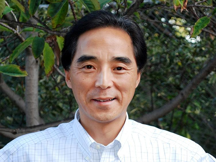 Photo of Dr. Honghu Liu